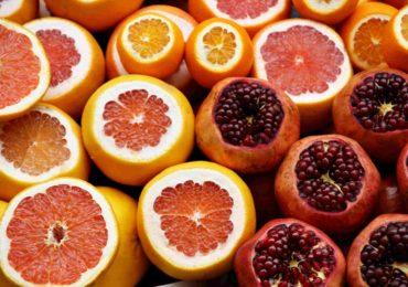 Frisches Obst deckt den Vitamin C Tagesbedarf